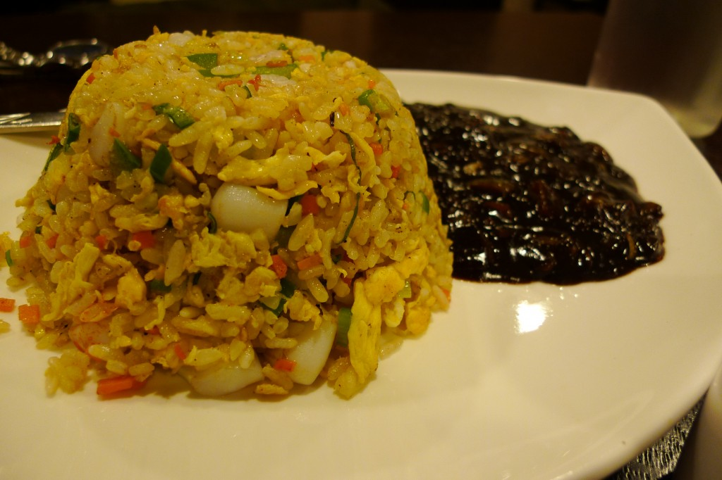 해물볶음밥 (seafood fried rice)